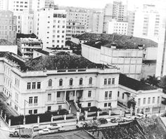 Vista do Instituto de Educação do Paraná Professor Erasmo Pilotto, década de 1960. Atual Instituto de Educação do Paraná.