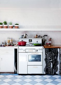 Kitchen.   Photo - Sean Fennessy, production – Lucy Feagins /...
