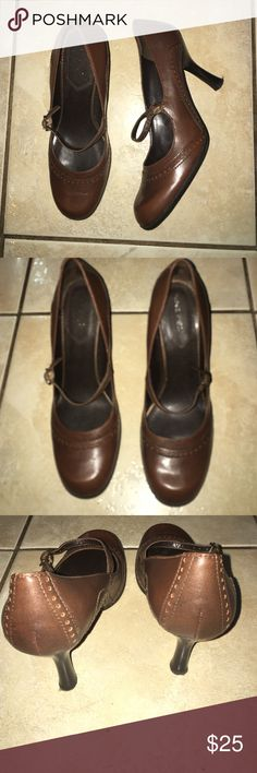 Nine West Brown Leather Mary Jane Heels Size US 8M Nine West Brown Leather Mary Jane Heels Size US 8M  Good Condition  3 inch heel height Detailing on toe and heel Nine West Shoes Heels