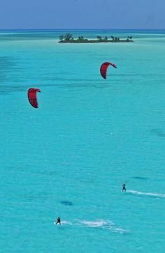 Kitesurfing in the BAHAMAS!