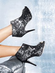 I need to find a place to wear these!!!! I NEED THEM!
