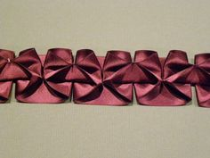 The Box Pleat Experiments, Part One: Single and Double Garland Trim - Threads