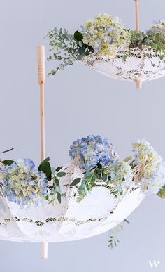 Dress up your wedding ceremony or reception with this romantic Antique Styled Lace Parasol bridal umbrella. Carry it down the wedding aisle or incorporate them into your reception decor. The soft deli Deco Floral, Arte Floral, Floral Design, Diy Wedding, Wedding Ceremony, Wedding Flowers, Lace Wedding, Wedding Tips, Trendy Wedding