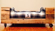 This Pallet Wood Dog Bed is just one of the custom, handmade pieces you'll find in our pet beds & cots shops. Dog Bed Frame, Wood Dog Bed, Pallet Dog Beds, Wood Beds, Wood Pallet Furniture, Dog Furniture, Wood Pallets, Pallet Wood, Furniture Ideas