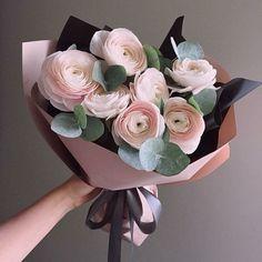 Flowers Gift Bouquet Floral Arrangements Flora 67 Ideas For 2019 Bouquet Cadeau, Gift Bouquet, Food Bouquet, Deco Floral, Arte Floral, Floral Design, Blue Flowers, Beautiful Flowers, Bunch Of Flowers
