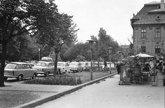Széchenyi tér 1965-ben! Jobbra a Szeged étterem terasza.