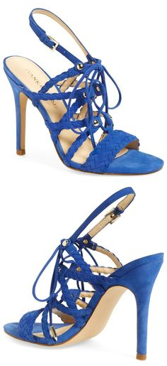 Beautiful shoes...great color!!