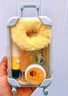 Lip Gloss Homemade, Diy Lip Gloss, Kawaii Makeup, Cute Makeup, Nagel Gel, Aesthetic Makeup, Girly Things, Lip Balm, Body Care