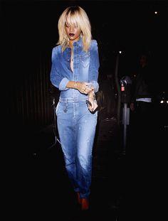 Rihanna, black blonde, jeans suit #blackfashion