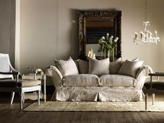 shabby chic living room interior design by Rachel Ashwell