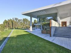 Home on Holmby Hills