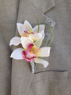 Boutonniere White,Orchid Boutonniere,Beach Boutonniere,Men's Lapel Pin,White Lapel pin,Beach Wedding Boutonniere,White boutonniere,etsy by BellasBloomStudio on Etsy