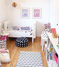 Top Stylish Scandinavian Kid's Room Design Ideas - Page 76 of 99 Family Room Design, Kids Room Design, Scandinavian Kids Rooms, Scandinavian Style, Daughters Room, Little Girl Rooms, Kid Spaces, Kids Decor, Girls Bedroom