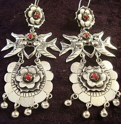 TAXCO MEXICAN STERLING SILVER FRIDA KAHLO DESIGN BIRD FLOWER EARRINGS MEXICO