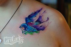 WATERCOLOR SWALLOW - GOLONDRINA ACUARELADA /Caro cortes Colombian tattoo artist. carocortes.tumblr.com  www.carocortes.com/ #swallow #watercolor #tattoo #acuarela # tatuaje #golondrina #carocortes #tatuadora #female #artist #colombian Cover Up Tattoos, New Tattoos, Body Art Tattoos, Girl Tattoos, I Tattoo, Sparrow Tattoo, Tattoos With Meaning, Tattoo Inspiration, Tattoo Ideas