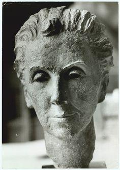 Karen Blixen, Famous Photographers, Some Image, Abstract Sculpture, Custard, Tarts, Statues, Digital, Face