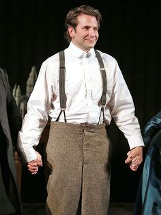 Bradley Cooper 'Owns' The Elephant Man on Broadway, Critics Say http://www.people.com/article/bradley-cooper-elephant-man-reviews