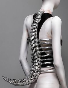 """This was Shaun Leane for Alexander McQueen, Spine Corset, Spring/Summer 1998 Aluminum and black leather. Said McQueen to Harper's Bazaar, April """"I find beauty in the grotesque, like most artists. I have to force people to look at things. Cl Fashion, Womens Fashion, Fashion Design, Crazy Fashion, Gothic Fashion, Steam Punk, Vogue, Mode Geek, Alexander Mcqueen Savage Beauty"""