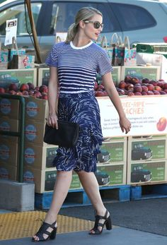Dianna Agron wearing Tory Burch Vintage Square Sunglasses with Metal Logo in Olive