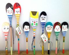 Personalised decorative wooden spoon hand painted home decor display Projects For Kids, Diy For Kids, Crafts For Kids, Craft Projects, Wooden Spoon Crafts, Wooden Spoons, Painted Spoons, Hand Painted, Fun Crafts