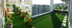 Gazon artificiel sur un balcon. #gazonsynthetique Plus d'information : http://www.gazonsynthetiqueiag.fr