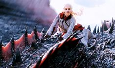 Game Of Thrones Show, Drogon Game Of Thrones, Game Of Thrones Images, Game Of Thrones Dragons, Got Dragons, Game Of Thrones Quotes, Mother Of Dragons, Slytherin, Hogwarts