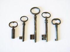 antique french keys 5 skeleton keys by thehopetree on Etsy, $34.00