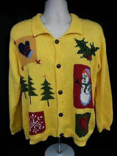Women's Sweater size M yellow Rey Wear Winter holiday Theme #ReyWear #Collared
