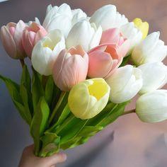 Spring Aesthetic, Wedding Images, Red Roses, Flower Power, Wedding Flowers, Lips, Leaves, Weddings, Plants