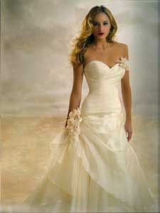 """hmmmm... i love it... but i cant give up my """"dream wedding gown""""., so  tone this a bit down and wait for a """"ball"""" or a """"gala"""" to go to :)"""