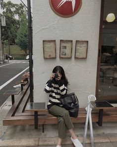 Swag Outfits, Fashion Outfits, Female Reference, Skinny Girls, Ulzzang Girl, Aesthetic Girl, School Outfits, Korean Fashion