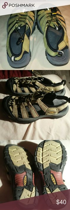 KEEN WOMENS Size 7 Very good condition.   A couple of small spots,  But the shoes are in fabulous overall shape.  Kind of beige /light yellow, with burgundy stitching  Great for hiking, swimming, even boating with its  Non marking sole. Keen Shoes Sandals