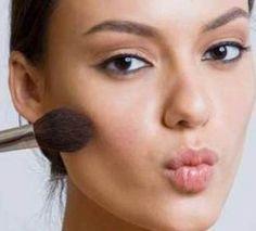 8 Trucos de Maquillaje para #CaraRedonda #mujeractual