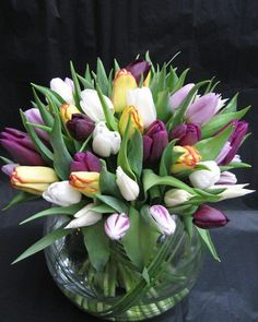 Brighten your day with tulips! By Phillo Flowers Easter Flowers, Tulips Flowers, Flower Vases, Fresh Flowers, Beautiful Flowers, Spring Flower Bouquet, Spring Flowers, Ikebana, Florist London