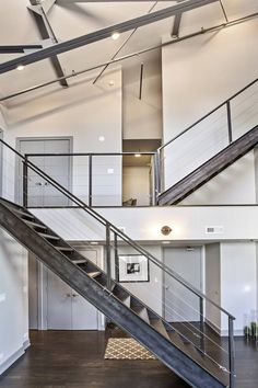 Industrial penthouse apartment situated in Chicago, Illinois, designed by CBC. Interior Stairs, Interior Exterior, Exterior Design, Space Architecture, Architecture Details, Indoor Stair Railing, Railings, Modern Stairs, Pent House