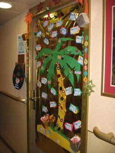 39 beach holiday door decorations, christmas in hawaiiidea for our Christmas Door Decorating Contest, Front Door Christmas Decorations, Christmas Front Doors, Christmas Porch, Office Decorations, Xmas Tree, Tropical Christmas, Modern Christmas, Christmas Ideas
