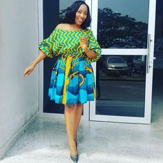 Here are some ankara short gowns that will give you that unique look you deserve. They can be worn for work and other special events. Ankara Styles For Women, Ankara Gown Styles, Latest Ankara Styles, Latest African Fashion Dresses, African Print Dresses, Ankara Dress, African Print Fashion, African Dress, Ankara Fashion