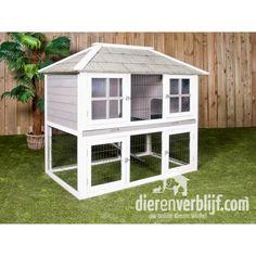 een villa in je achtertuin.... wat leuk!