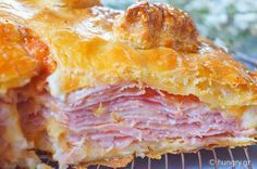 Ham & Cheese Pie in Puff Pastry Greek Recipes, Whole Food Recipes, Cooking Recipes, Yummy Recipes, Recipies, Cheese Pies, Ham And Cheese, Appetizer Salads, Appetizers