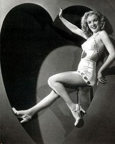 Norma Jean Baker/Marilyn Monroe - c. 1940s