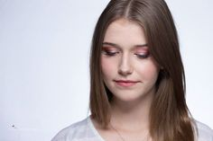 Maroon smokey eye Photo by @photovividdream #maroon #makeup #datemakeup…
