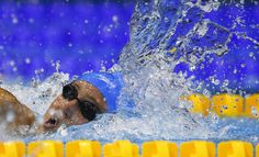 Jazmin Carlin of Britain swims to win the women's 400 metres freestyle final at the European Swimming Championships in Berlin August 24, 2014. (REUTERS/Michael Dalder)