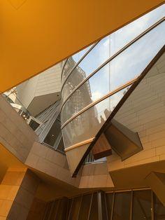Fondation Louis Vuitton Paris Fondation Louis Vuitton, Frank Gehry, Paris, Contemporary Architecture, Buildings, Traveling, House Styles, Design, Arquitetura