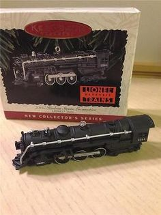 HALLMARK ORNAMENT 1996 LIONEL TRAIN 1st in SERIES 700E HUDSON STEAM LOCOMOTIVE