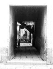 1915 Vecindad de condición humilde, interior