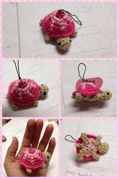 Little Turtle - Free Amigurumi Pattern English and Japanese here: http://ddscrochet.pixnet.net/blog/post/155077796