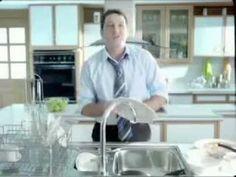 Tu día a día esta lleno de actividades y cenas con la familia y amigos. Scotch-Brite tiene el producto ideal para cuidar de tu vajilla, ollas y tus herramientas para la cocina y el hogar: SCOTCH- BRITE CERO RAYAS ...conocela!