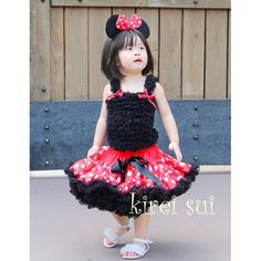 Cute Minnie Mouse costume from @tiarasandfrogs
