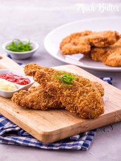 This classic crispy chicken katsu is easy to make. Try make it by yourself at home and the ingredients are quite simple. Lebanese Recipes, Asian Recipes, Gourmet Recipes, Healthy Recipes, Curry Recipes, Pie Recipes, Cooking Recipes, Asian Cooking, Easy Cooking