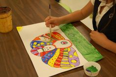 No boring turkey hands this year. Step-by-step instructions for letting your students draw and paint Pop Art Turkeys  (easier variation also included).